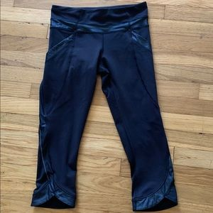 Lululemon Chase Me Crop ll Black Pants